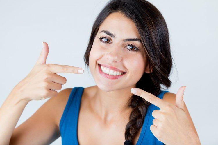 White Teeth Eastport Dental
